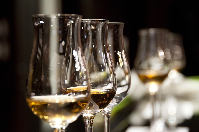 Wine Glasses 1246240 640
